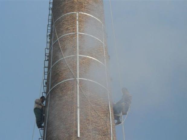 高空塔清洗作业